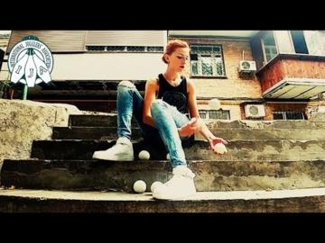 Mariia - Juggling Balls